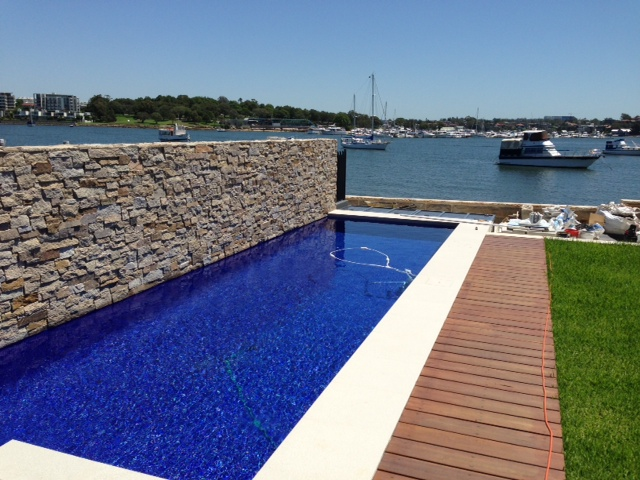 Pool Wall Cladding : Product in focus natural stone for landscaping kate