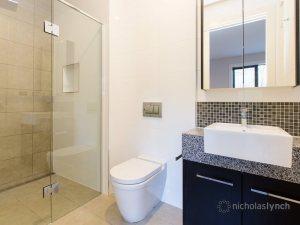 bathroom1-4,23Barkly