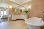 bathroom4-54Bay