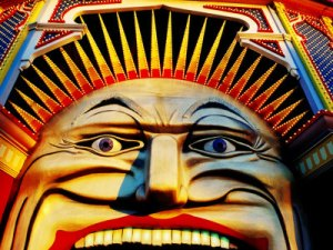 face-of-luna-park-at-sunset-st-kilda-melbourne-australia[1]